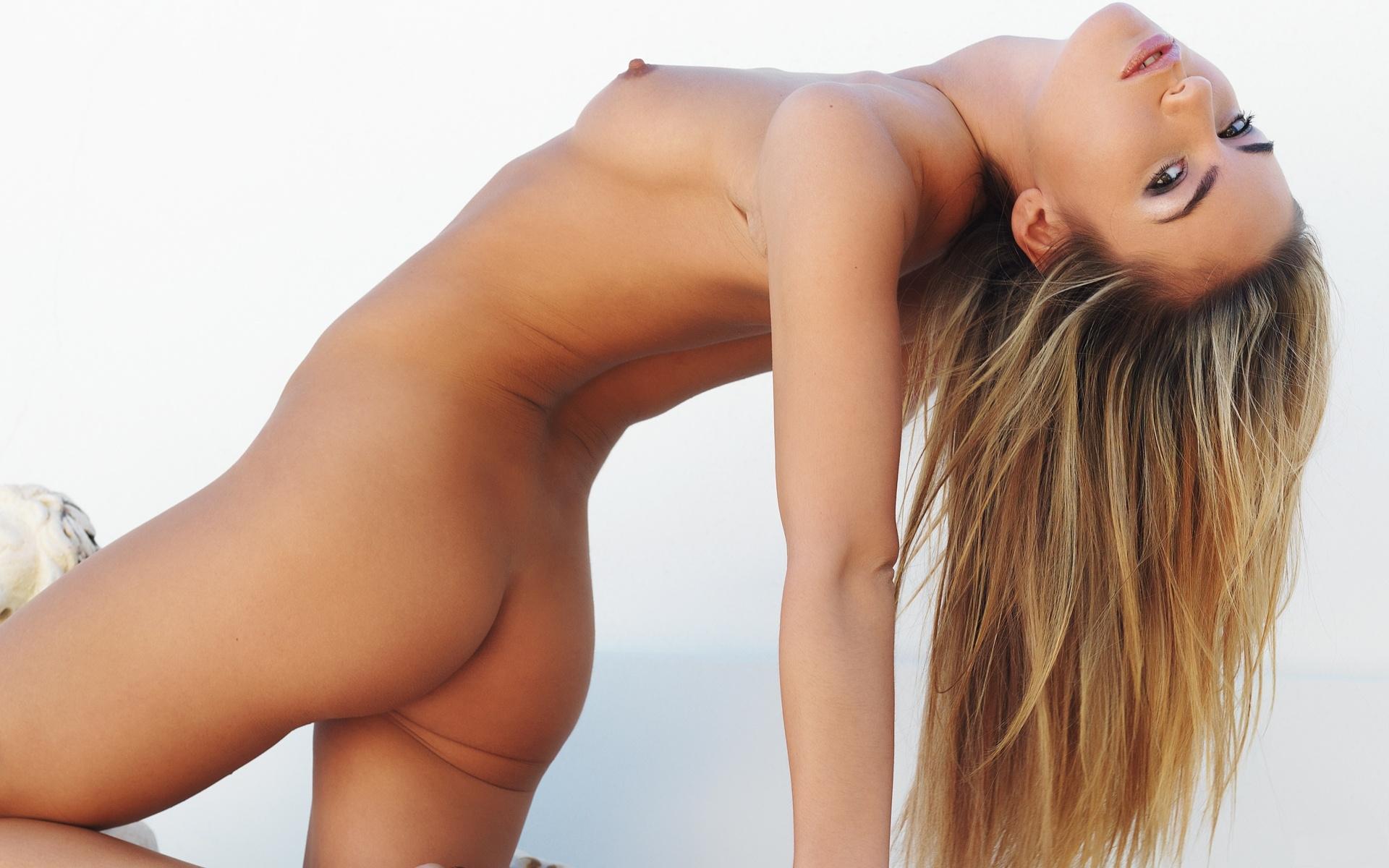 De femmes nues de plus de 50