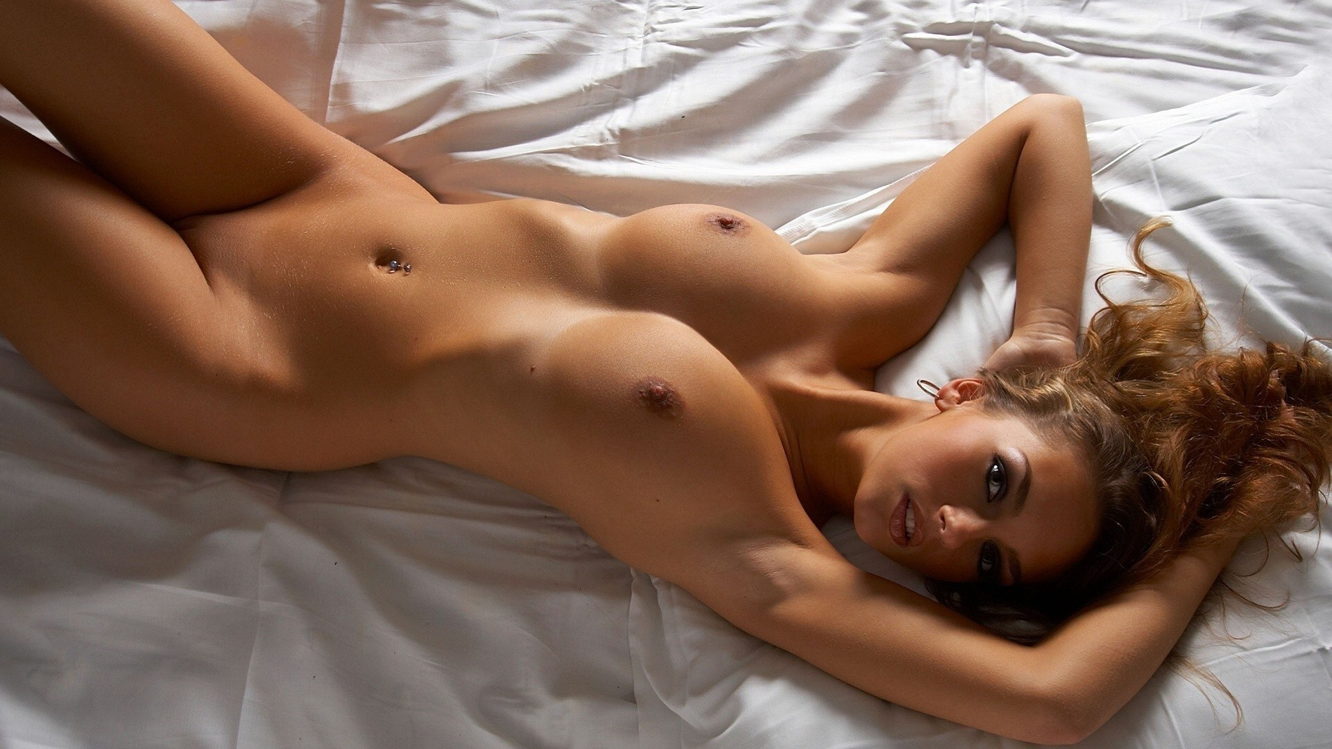 sexy pretty nude flexible women