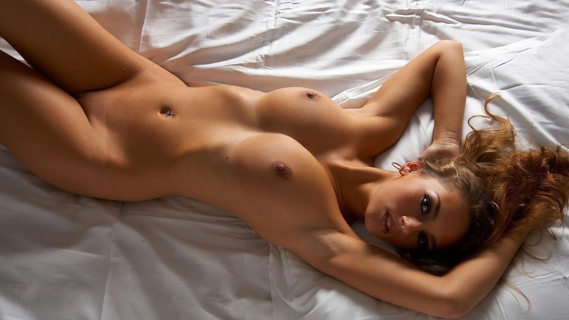 sexy nacked top porn girl