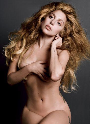 Lady-Gaga-nue-V-Magazine-17