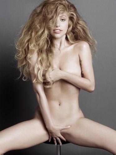 Lady-Gaga-nue-V-Magazine-19