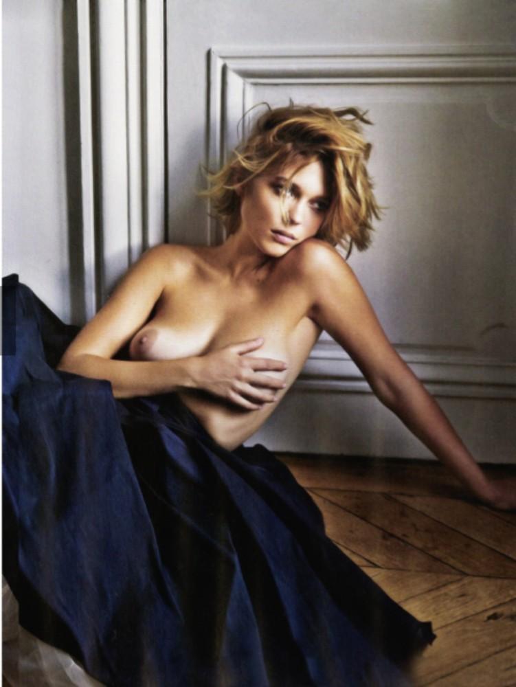Valerie kaprisky nude scene