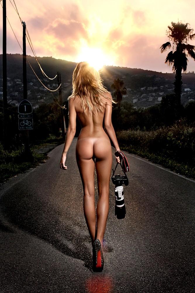 nue sur la route