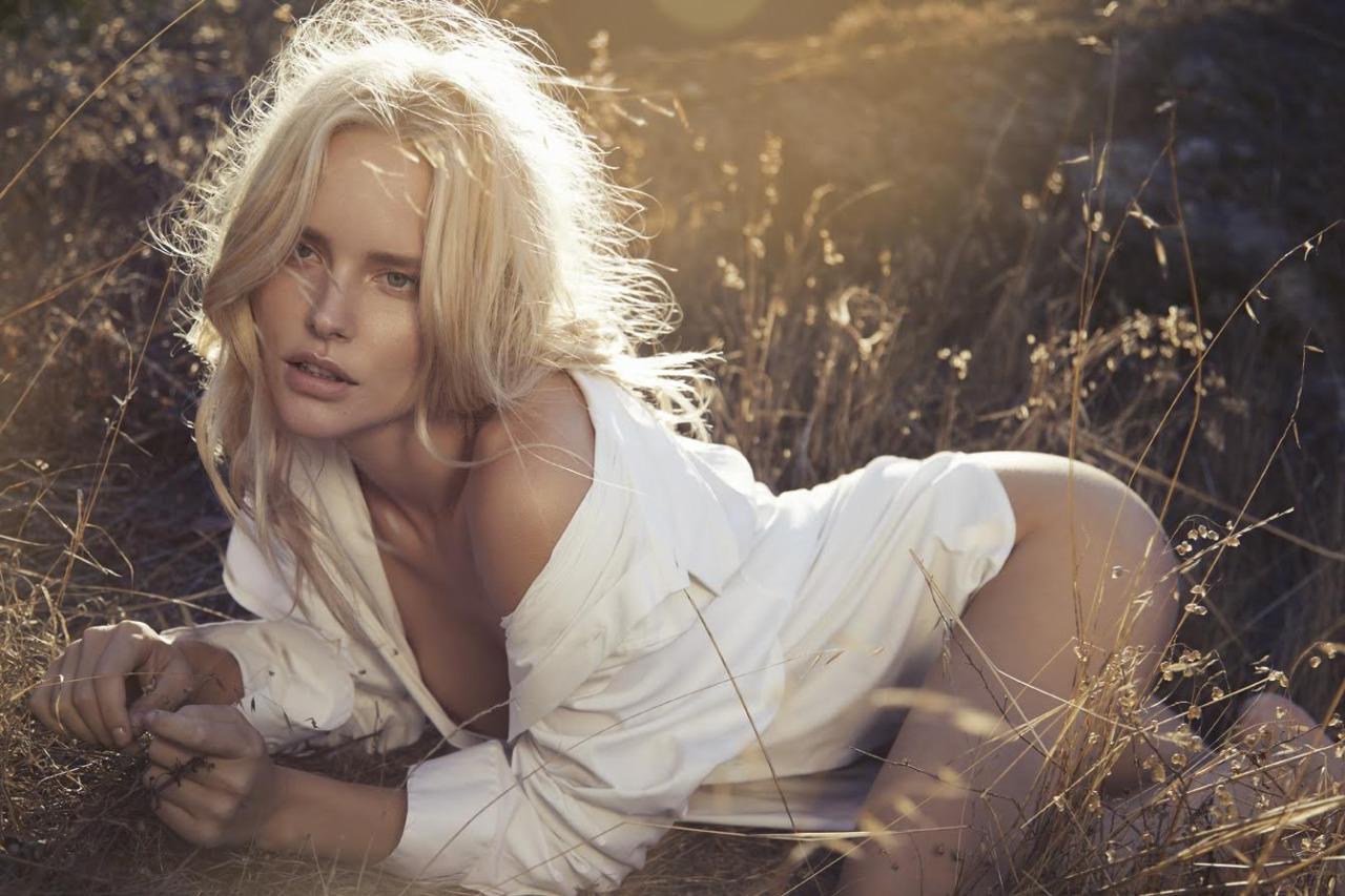 blonde nue
