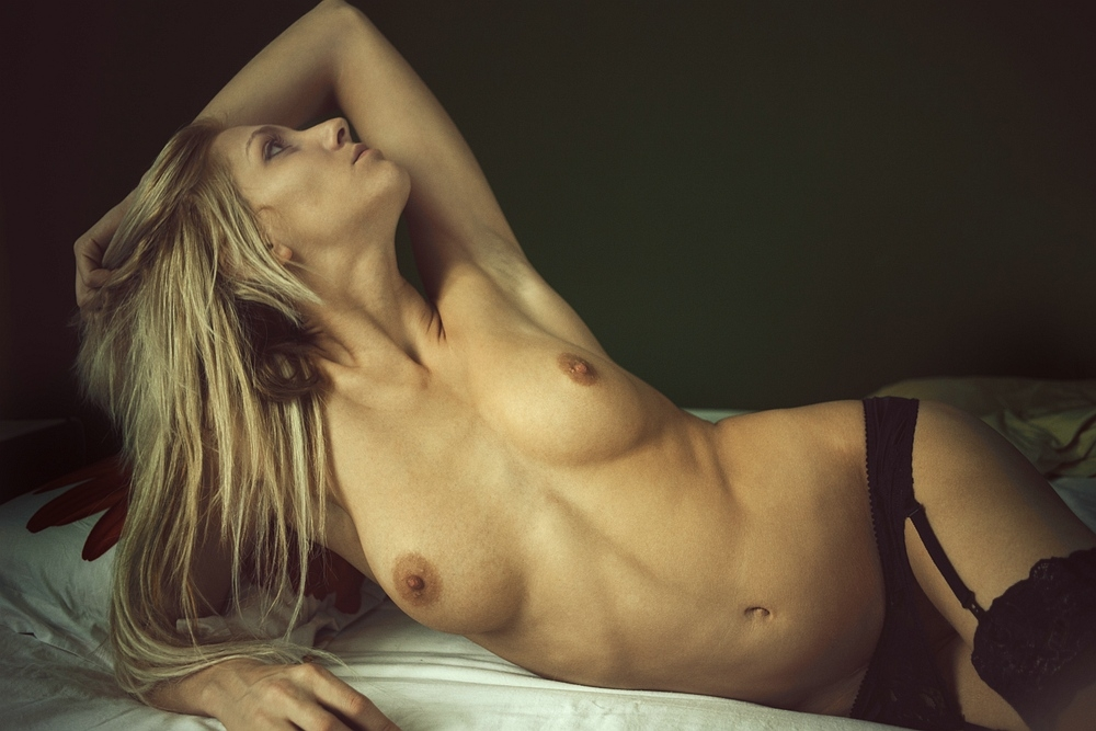 belle blonde nue