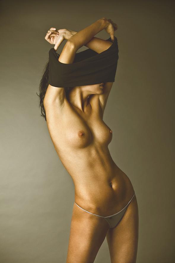 topless bonsoir mademoiselle