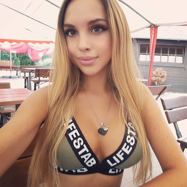 weronika-bielik-sexy