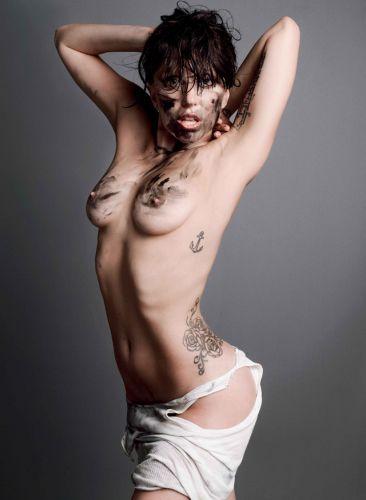 Lady-Gaga-nue-V-Magazine-16