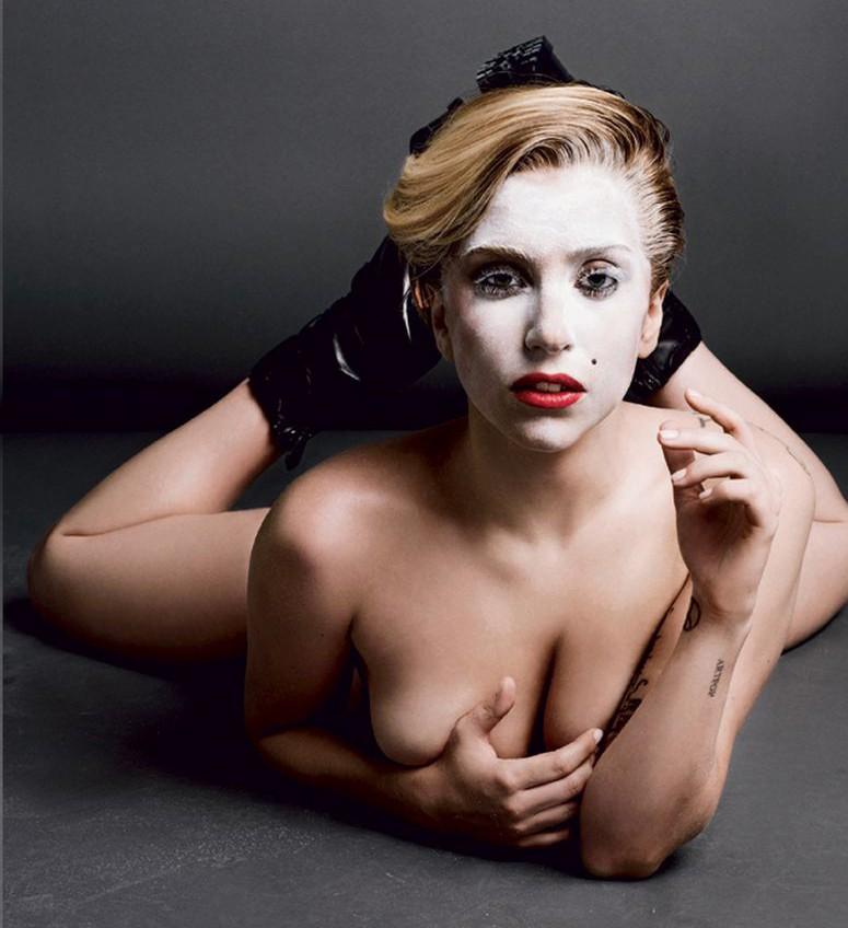 Lady-Gaga-nue-V-Magazine-3