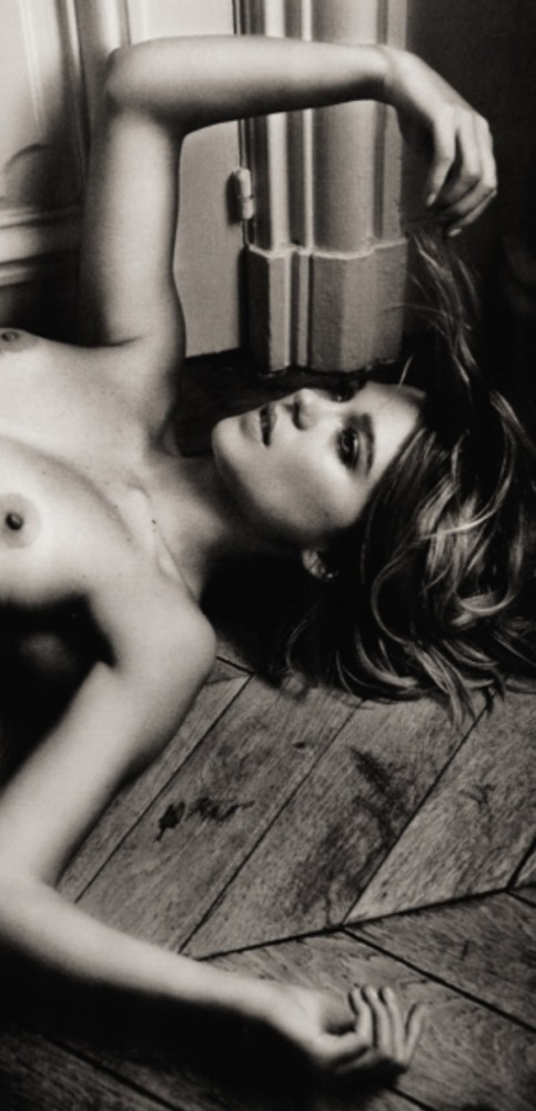 Lea-Seydoux-seins-483x1000
