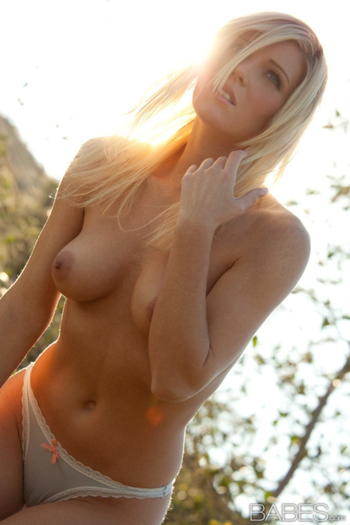 76 Wallpapers Of Naked Girl That You Will Never See -1565
