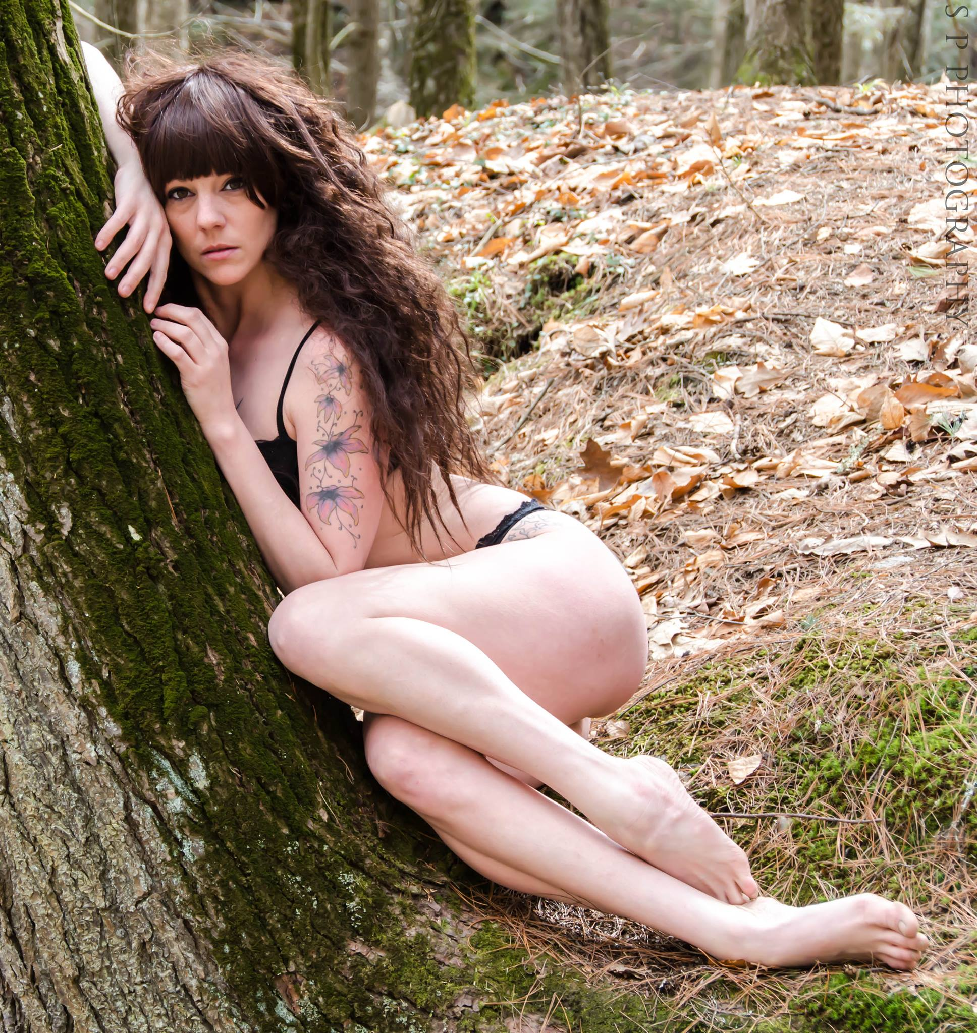 isabel-marie-vinson-nude-in-public
