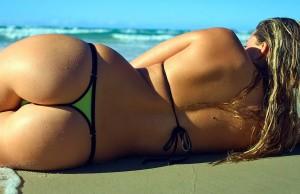 sexy-sur-la-plage-