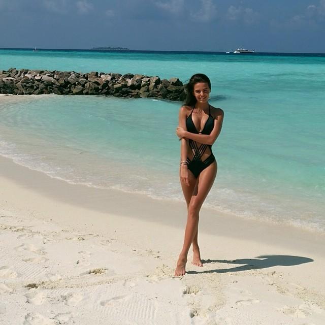 bikini beach nsfw