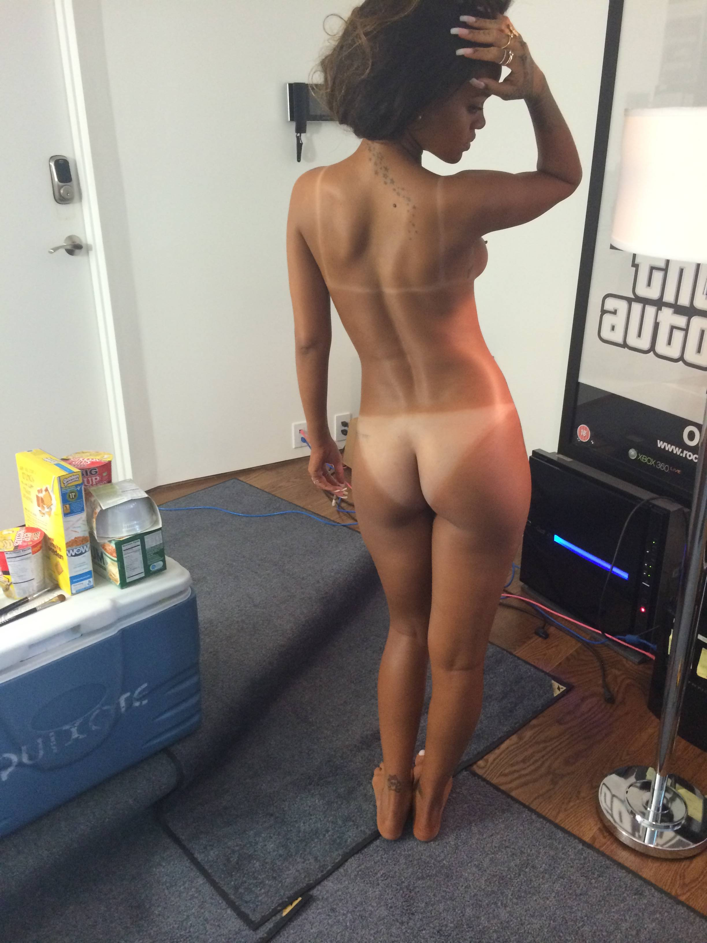 rihanna nue photo 2