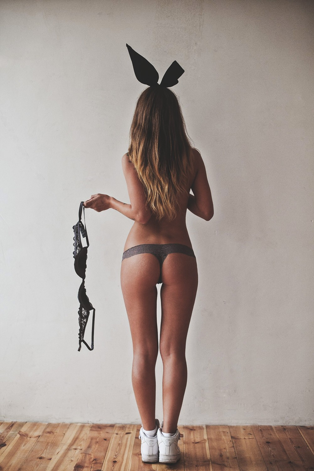 topless girl rabbit