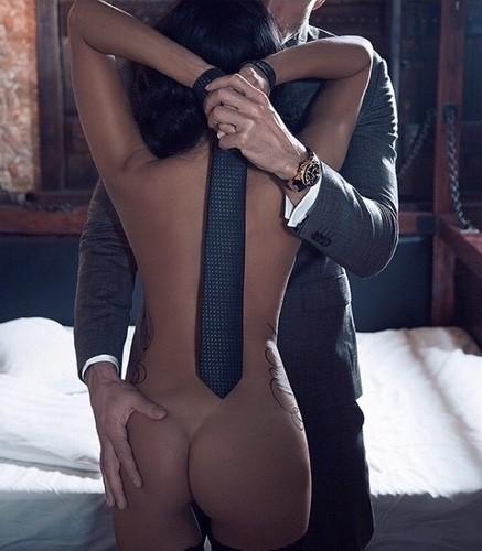 cravache femme nue