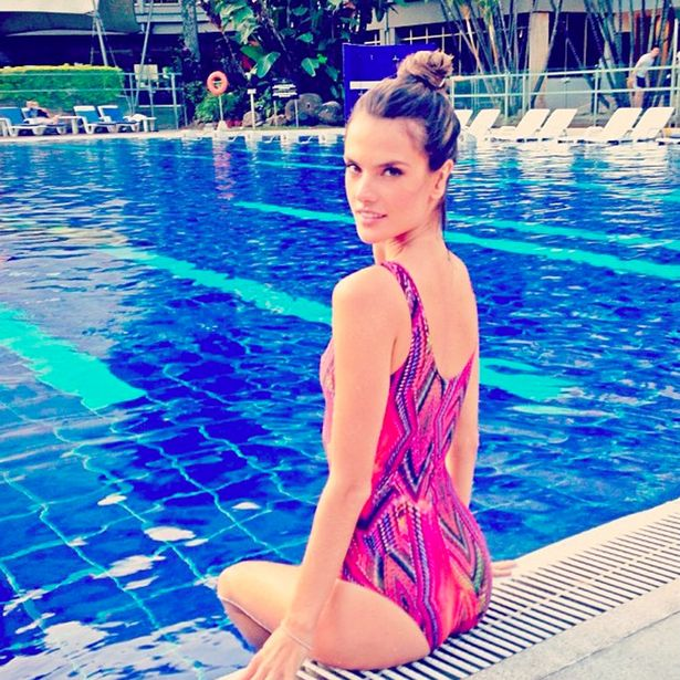alessandra ambrosio swiming