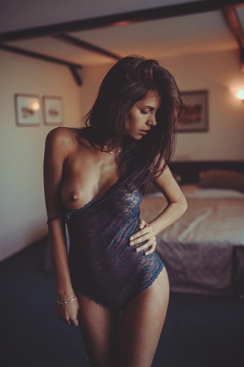 mono boob