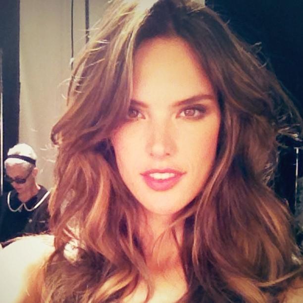 selfie alessandra ambrosio
