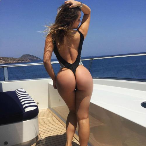 string fat ass