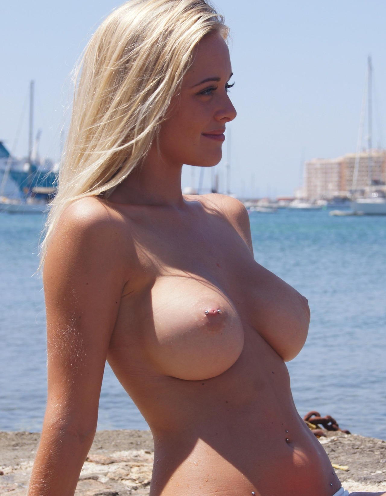 big boobs blonde