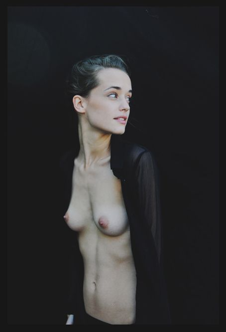 nude in black