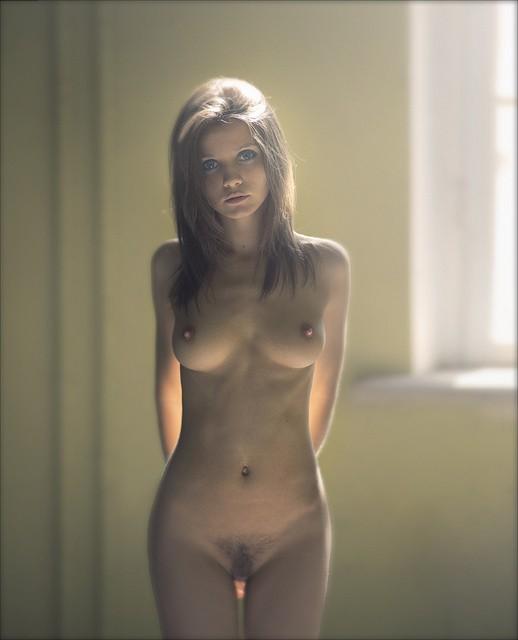 rouquine nue