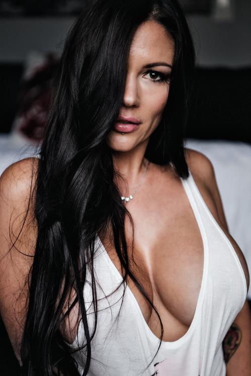 cougar sexy
