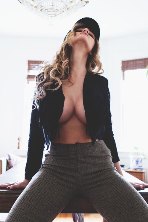 gros seins big boobs