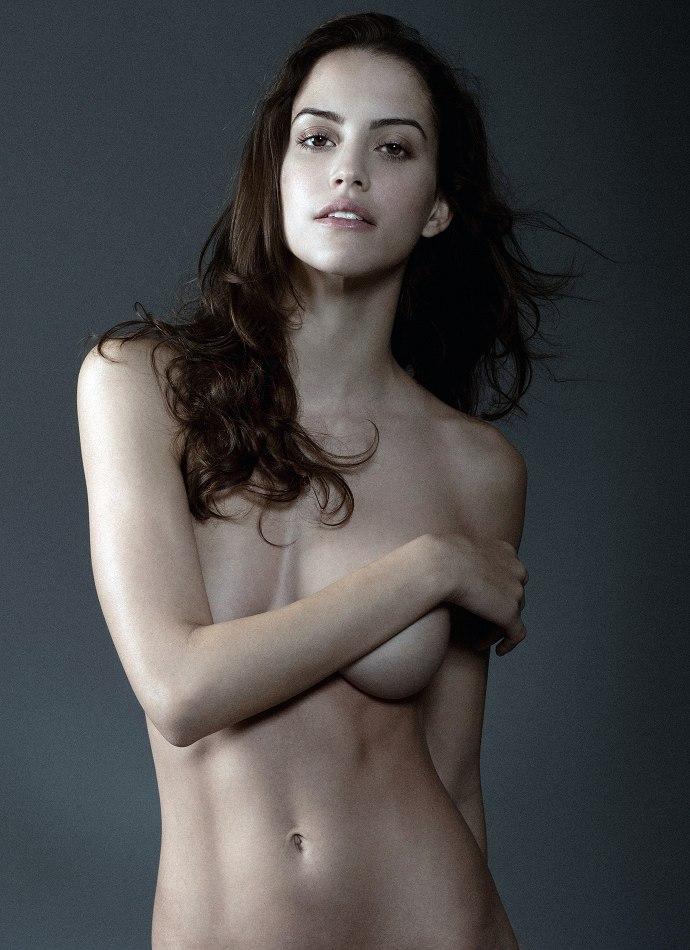 mangifique femme nue