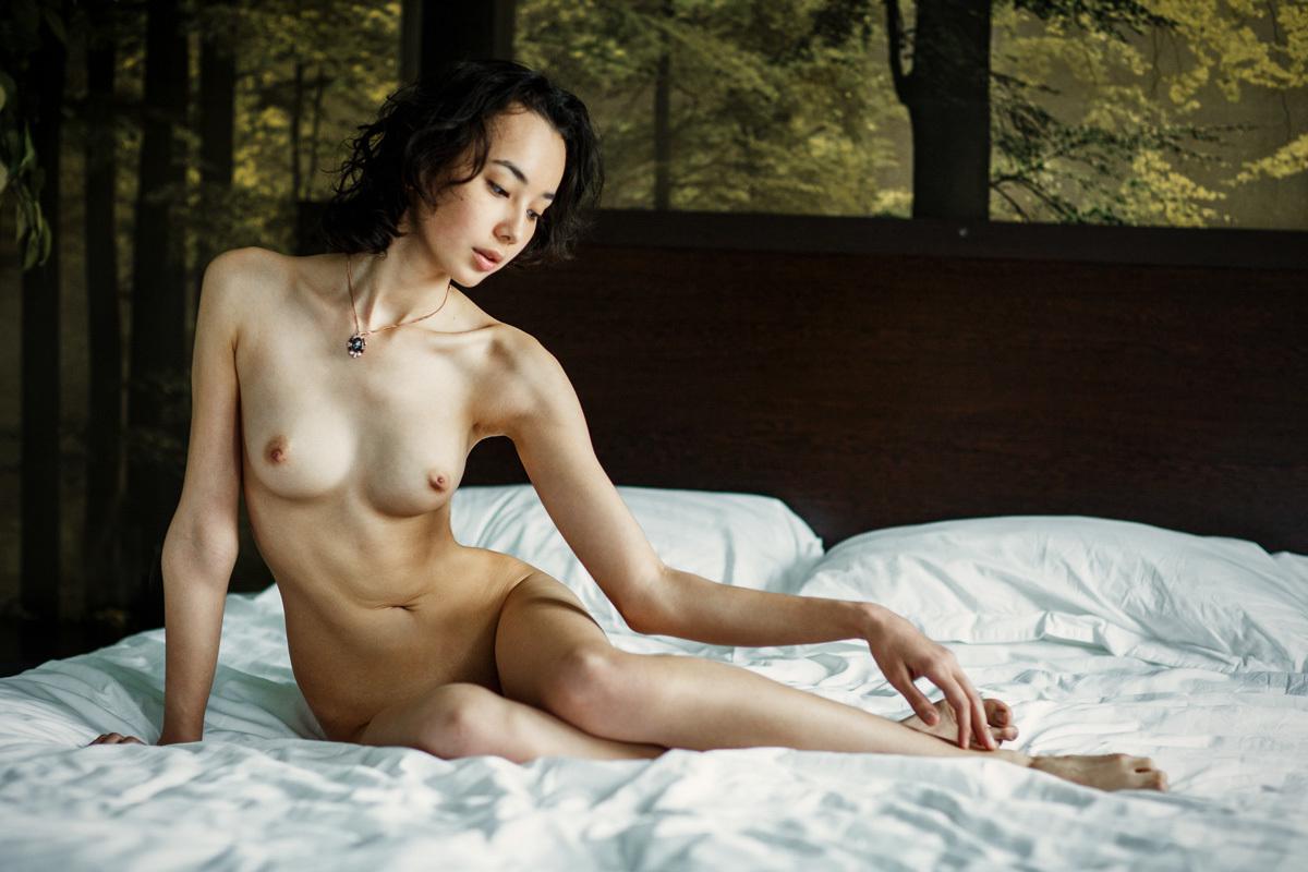 asiatique nue
