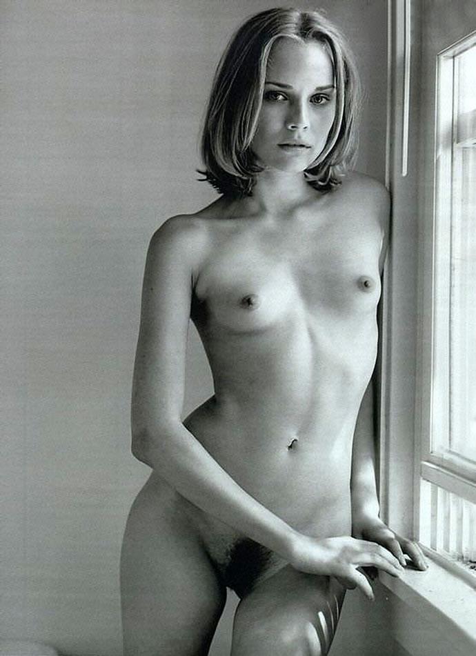 femme nue poilue noir et blanc