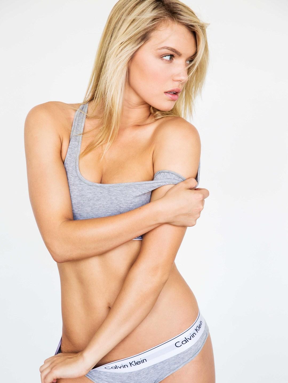 sexy-bikini-woman
