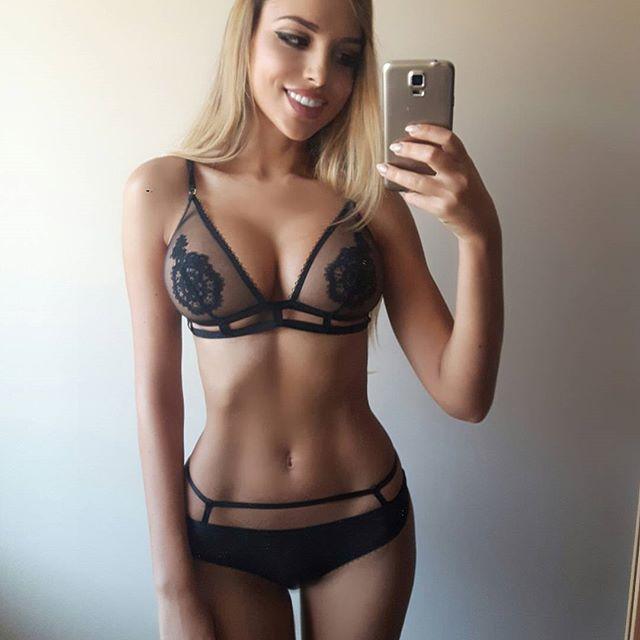 weronika-bielik-selfie