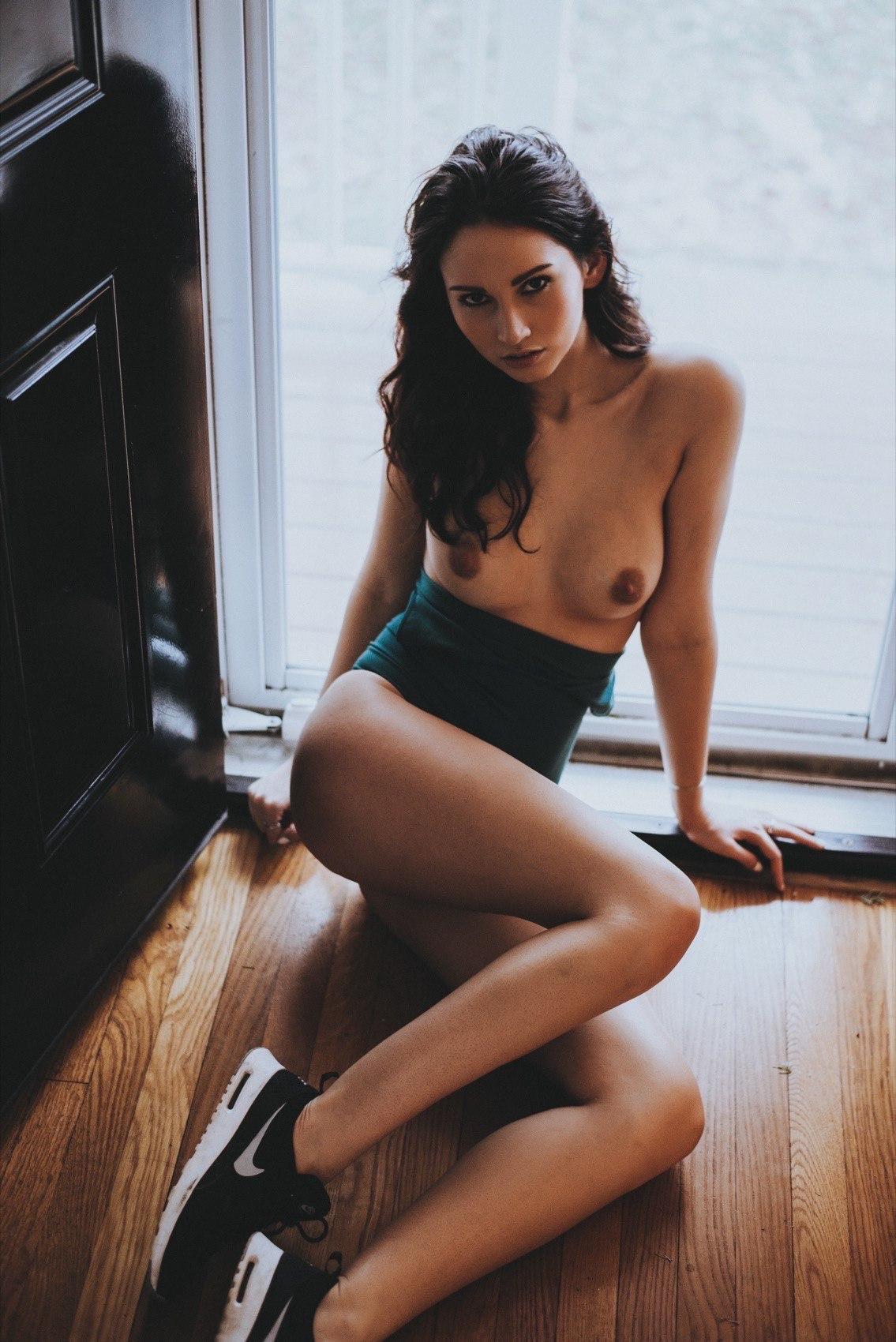 demoiselle nue