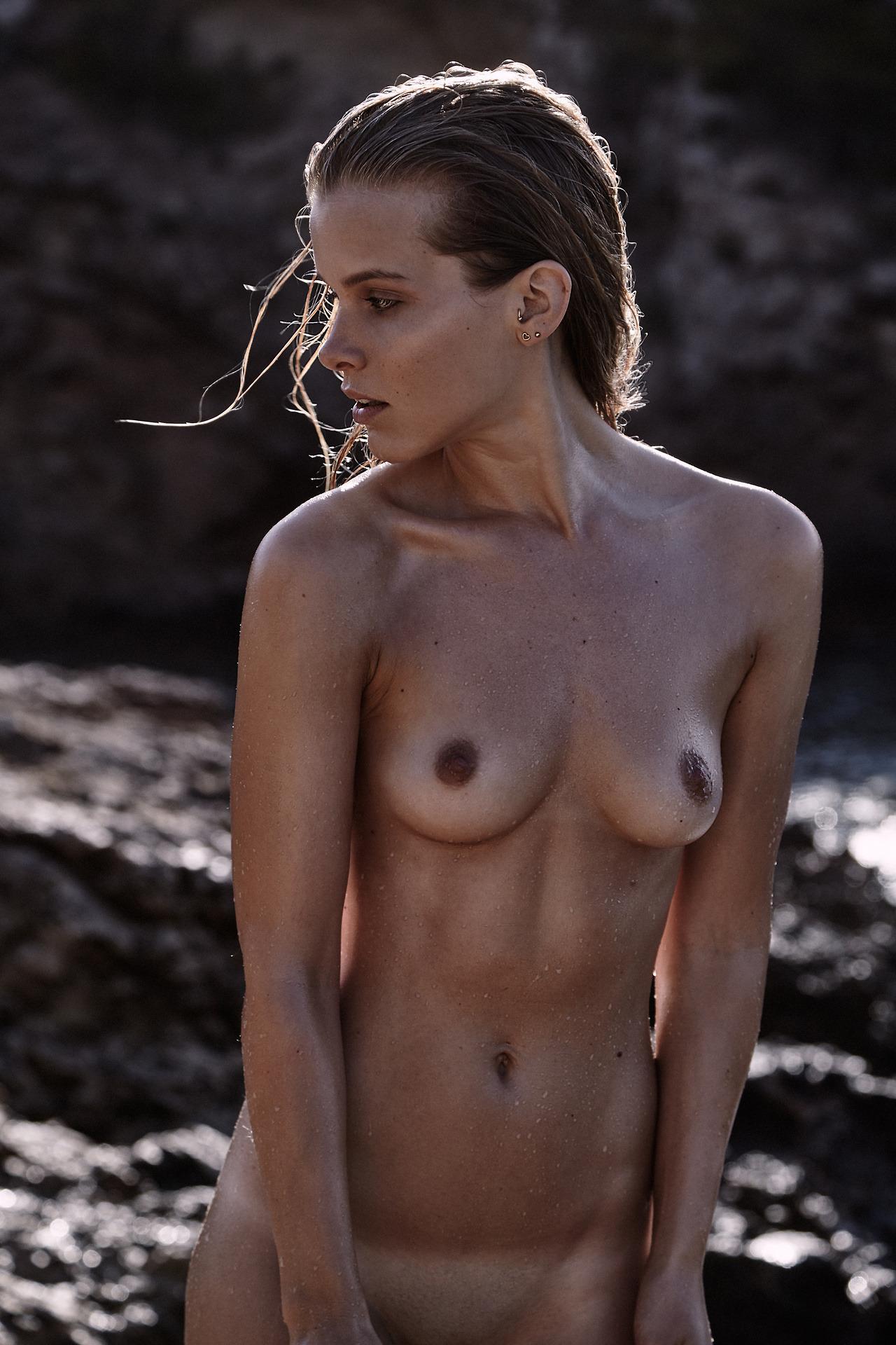 mannequin nue