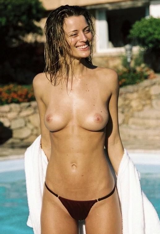 seins nus à la piscine, pour ou contre