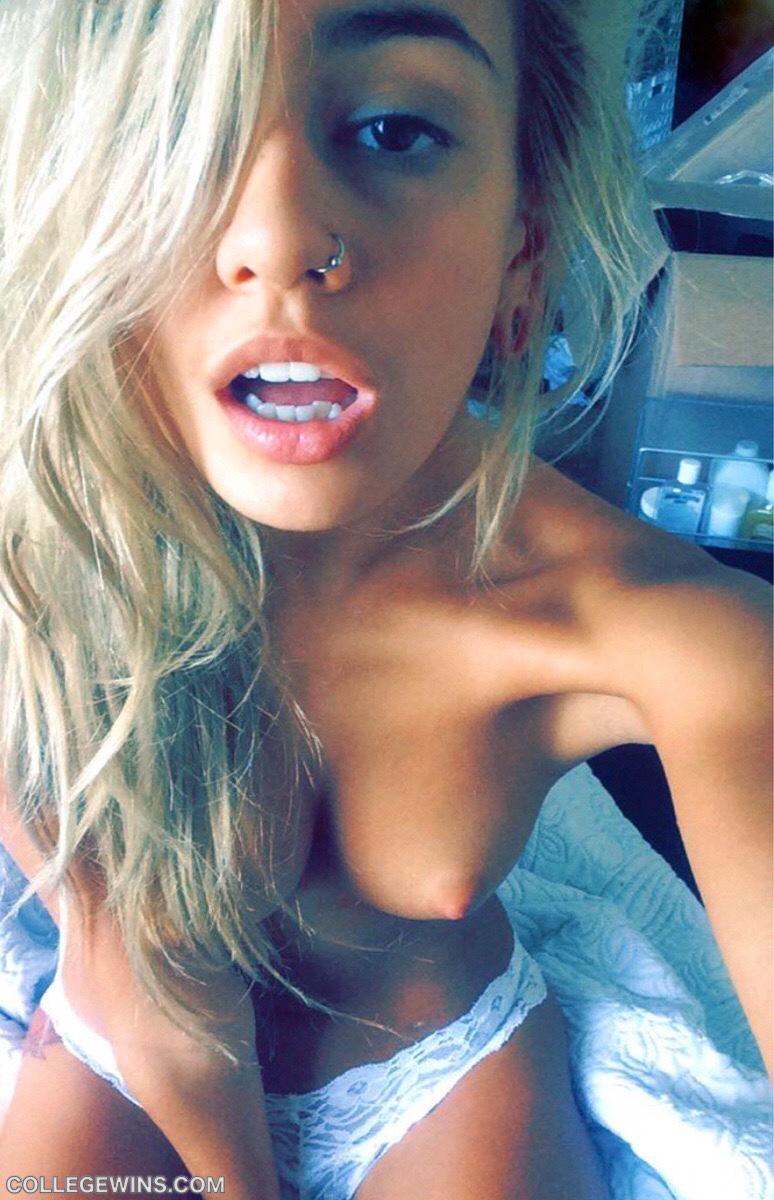 Hot models on snapchat