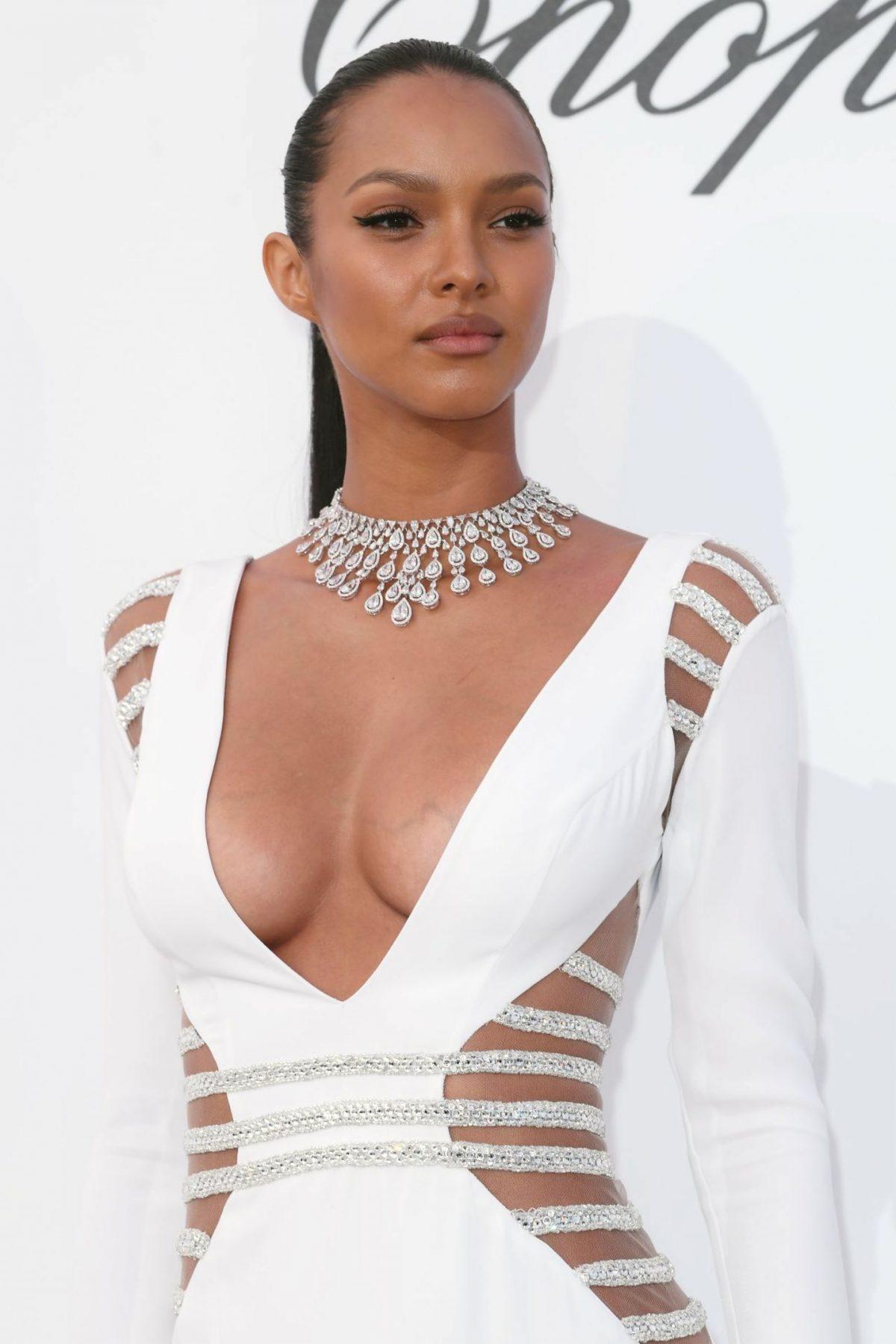 Lais Ribeiro boobs