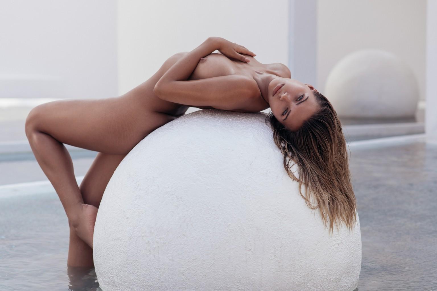 Les Photos De Sandra Kubicka Nue Pour Playboy - Bonsoir -6078