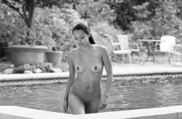 Raquel Pomplun nue